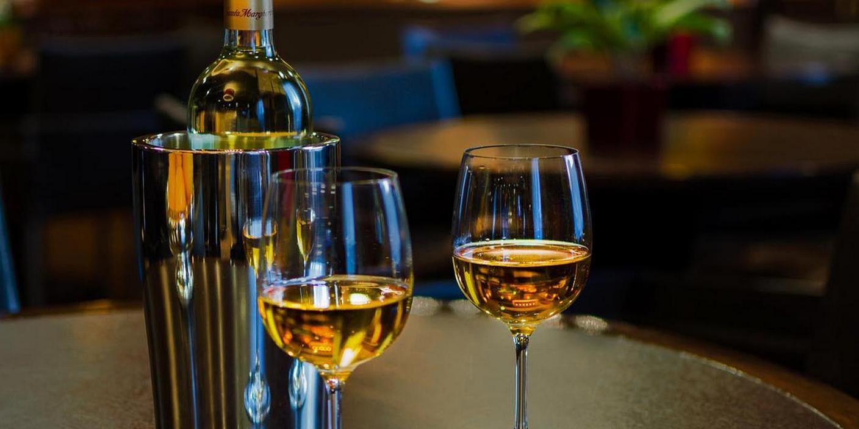 hotel zero degrees, blog, events, wedding, wine